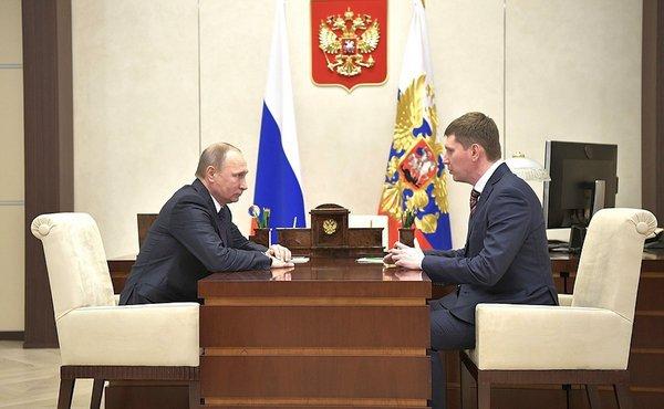 Владимир Решетников во время встречи с президентом России Владимиром Путиным